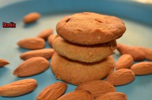 almond cookie 1