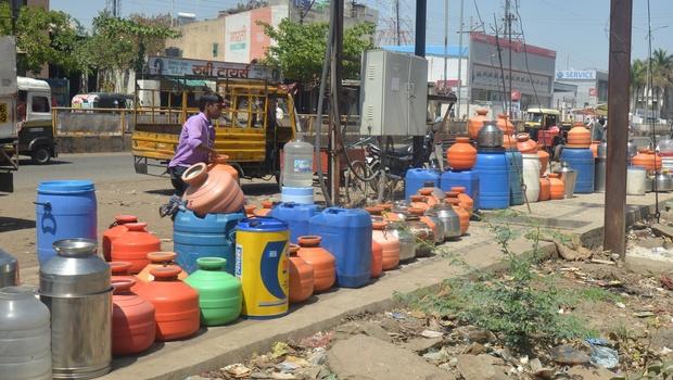 Water-barrels-latur